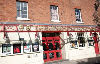 the-kenton-theatre-at-henley-on-thames-oxfordshire-uk (2)